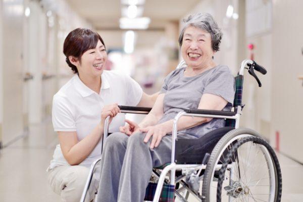 介護施設における看護師の役割 イメージ